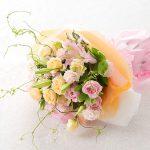 赤ちゃんの葬儀の花祭壇デザイン