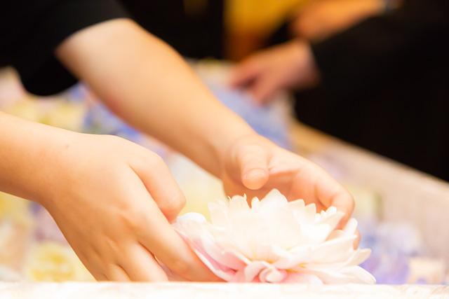 花葬儀の参列代行サービス