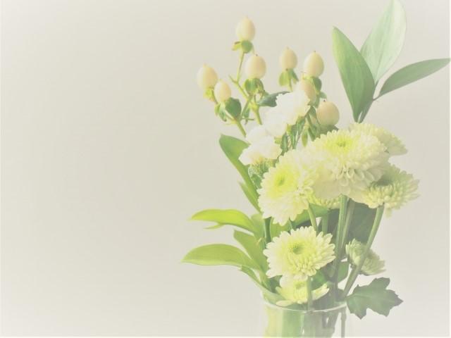 家族葬の会社・職場への連絡方法および家族が配慮すべきマナー